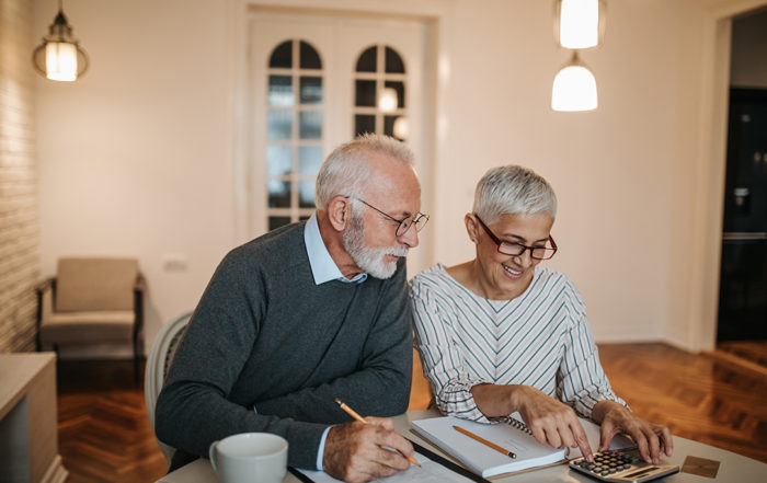 couple discusses bankruptcy options